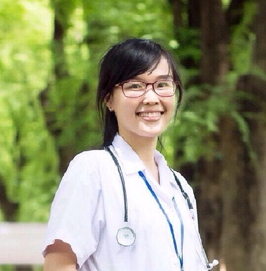 Bác sĩ HOÀNG THỊ VIỆT TRINH