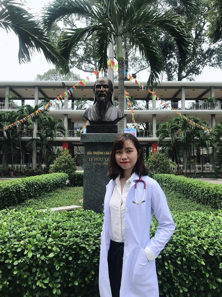 Bác sĩ Phạm Thị Linh