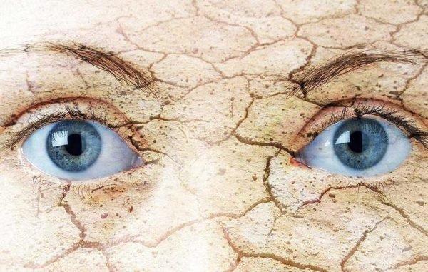 Khô mắt vào mùa đông: Cách nhận biết và khắc phục