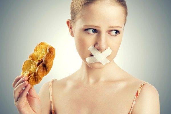 Cần chuẩn bị gì trước khi đi nội soi dạ dày, thực quản?