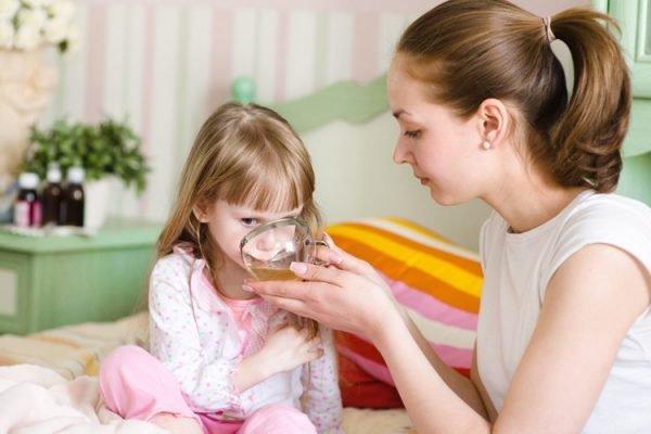 Sốt ở trẻ dưới 5 tuổi: Tiếp cận và xử trí ban đầu (Phần 3)