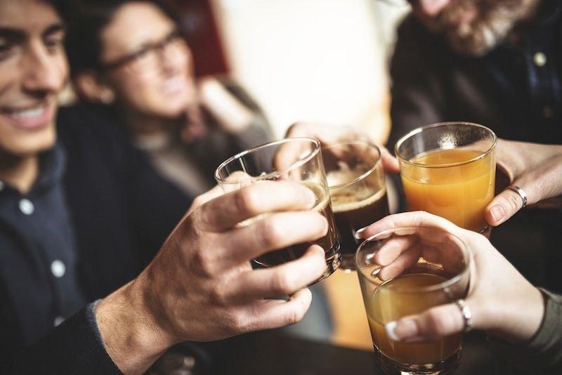 Câu chuyện rượu bia: Khi nào nhậu nhẹt trở thành vấn đề? (Phần 2)