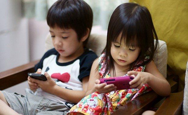 Hãy giúp trẻ kết bạn an toàn với Internet
