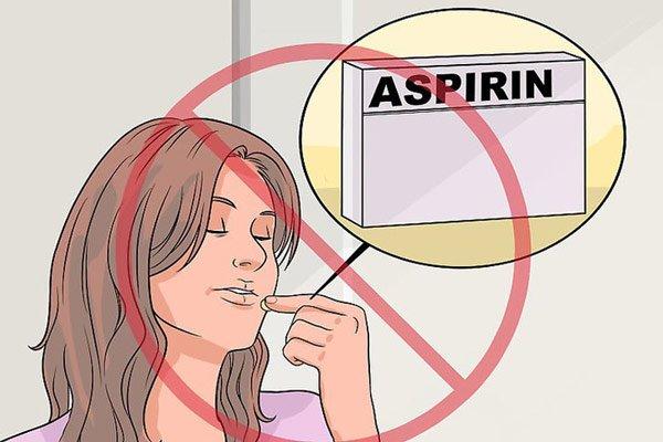 Không được tự ý dùng aspirin