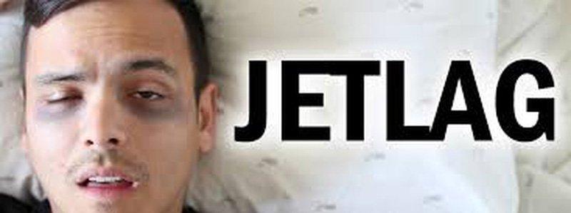 Jet lag là gì? Nguyên nhân, triệu chứng và cách khắc phục tình trạng