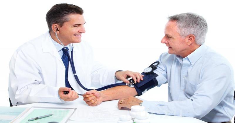 Kiểm soát huyết áp với thuốc Valsartan (Diovan, Valsacard)
